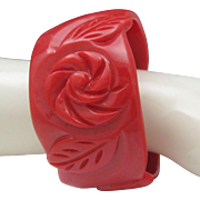 C1960 Lipstick Red Plastic Bracelet