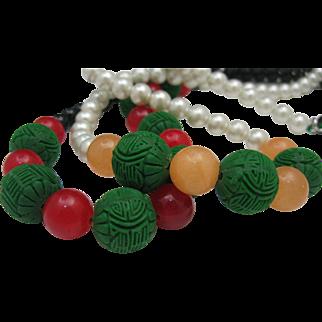 Cinnabar Peking Glass Necklace