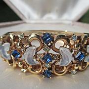 Shop Special! Vintage Crown Trifari Clair de lune Faux moonstone Bracelet