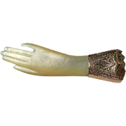 Beautiful Mother of Pearl and 15K Gold Gloved Victorian Hand Brooch