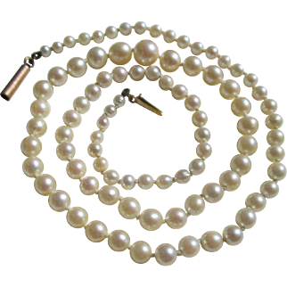 Antique Strand Pearls with Gold Clasp