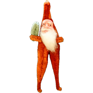 Early 20th Century Pipe Cleaner Santa Claus Clay Face