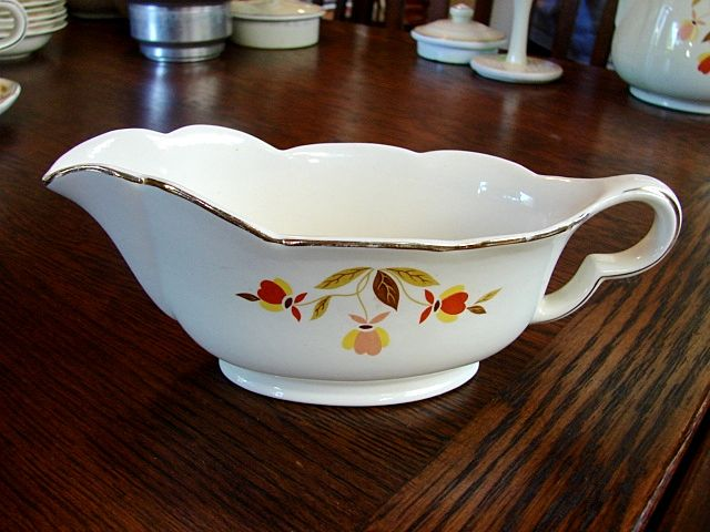 Hall China Jewel Tea Autumn Leaf Gravy Boat Plate NM