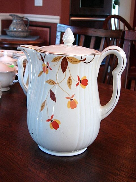 Hall's China Jewel Tea Autumn Leaf Pattern Rayed Coffee Pot w Lid
