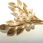 Trifari Leaf Spray brooch Fau Pearls