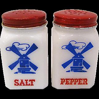 1930s Hazel Atlas Windmill Salt and Pepper Shakers
