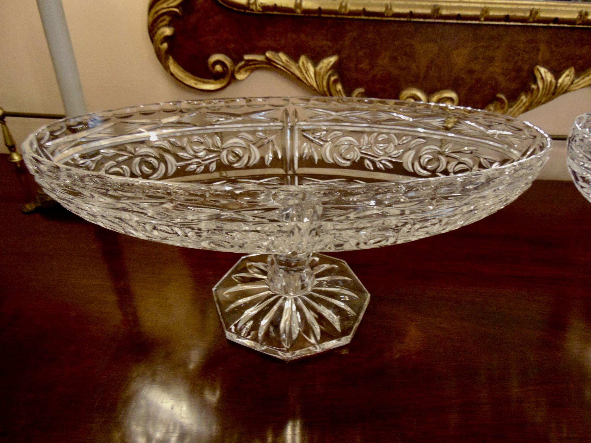 Hawkes gravic glass oval centerpiece bowl on pedestal from