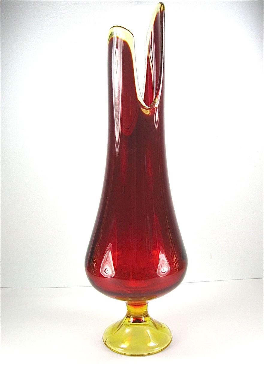 Mid Century Viking Amberina Vase