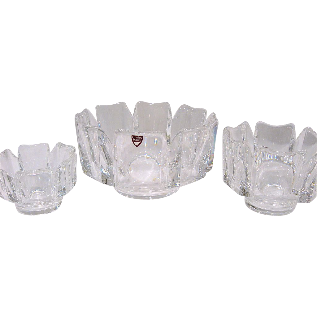 Set of 3 Orrefors Corona Bowls