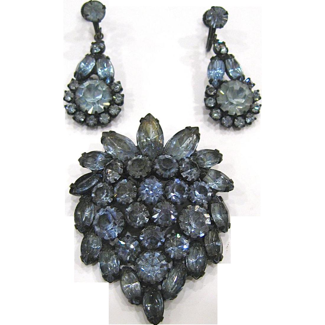 Elegant Blue Rhinestone Brooch and Chandelier Earrings
