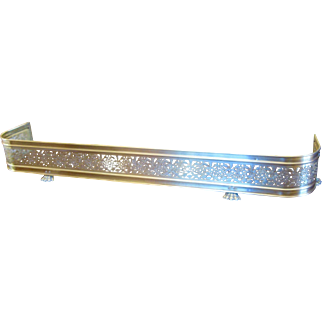 """Antique 60"""" Solid Brass Fireplace Fender Foliate Design with Paw Feet"""