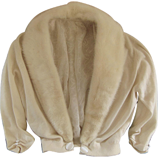 Vintage Pringle of Scotland Cashmere Sweater with Detachable Mink Collar