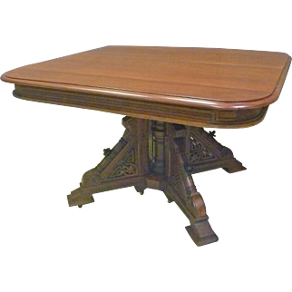 Victorian Dining Table with 5 Leaves