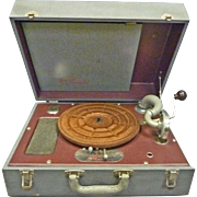 Suitcase Wind-up Record Player, Phonograph, Phonola
