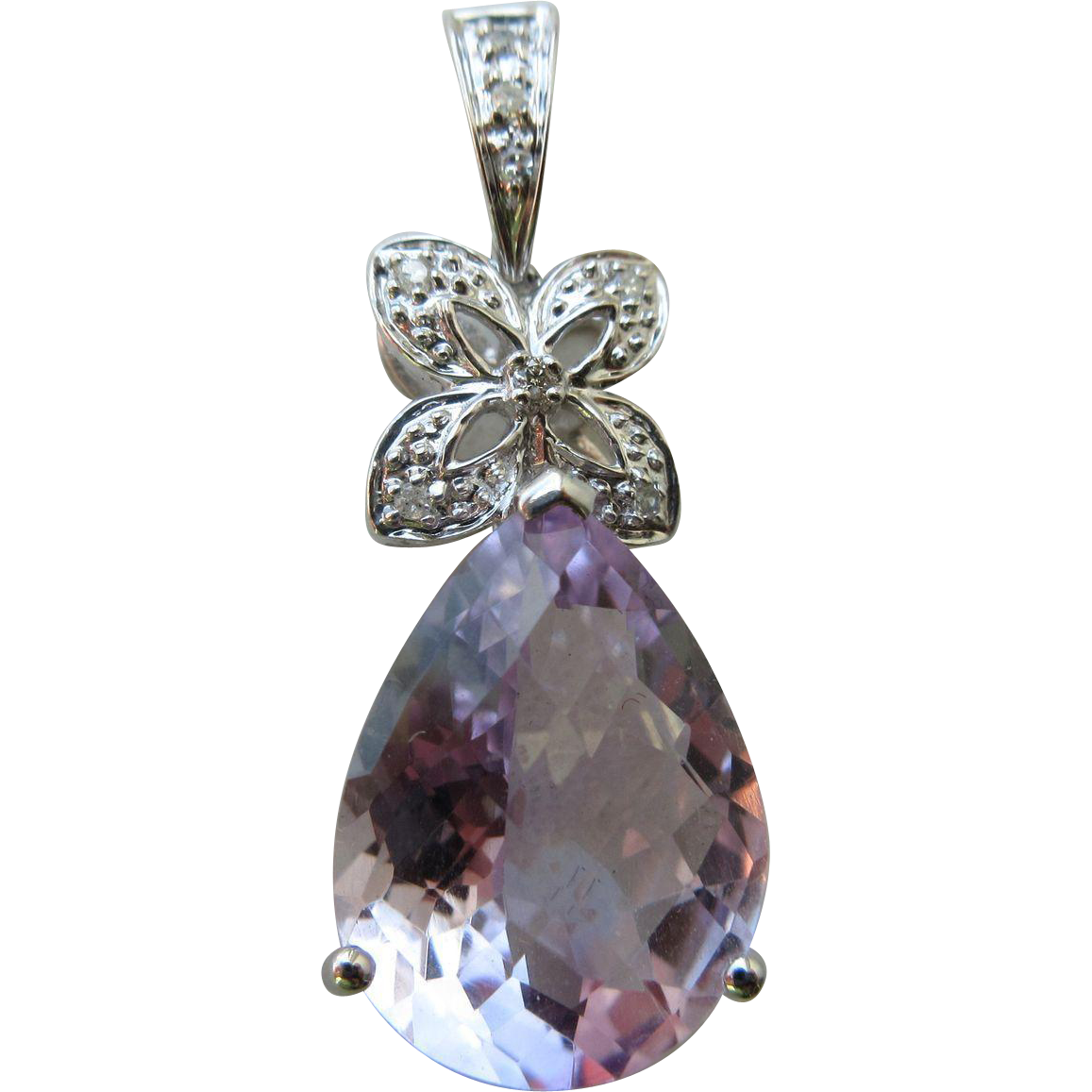 Vintage 18K White Gold Amethyst And 8 Diamond Pendant