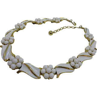 Vintage Trifari White Enamel and Milk Glass Necklace