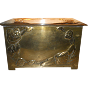 Art Nouveau-Arts & Crafts Very large Brass Box for use as small table