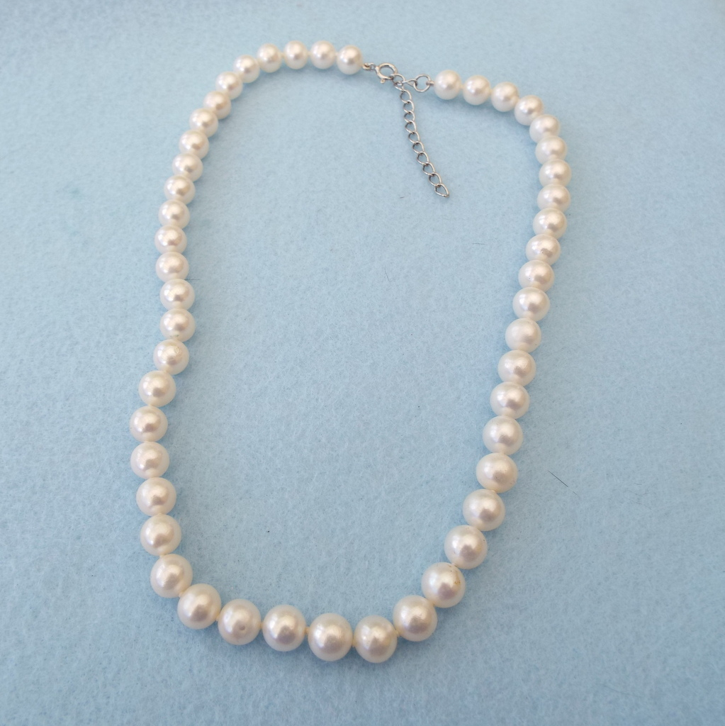 white 8mm real pearl necklace with sterling findings sold