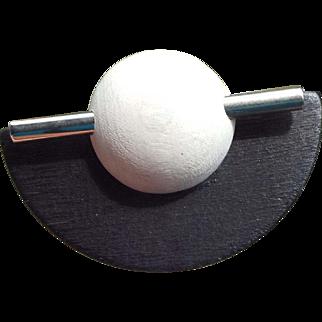 Scandinavian Aarikka Finland Modernist Artist Crafted Black White Pin on the Original Card!