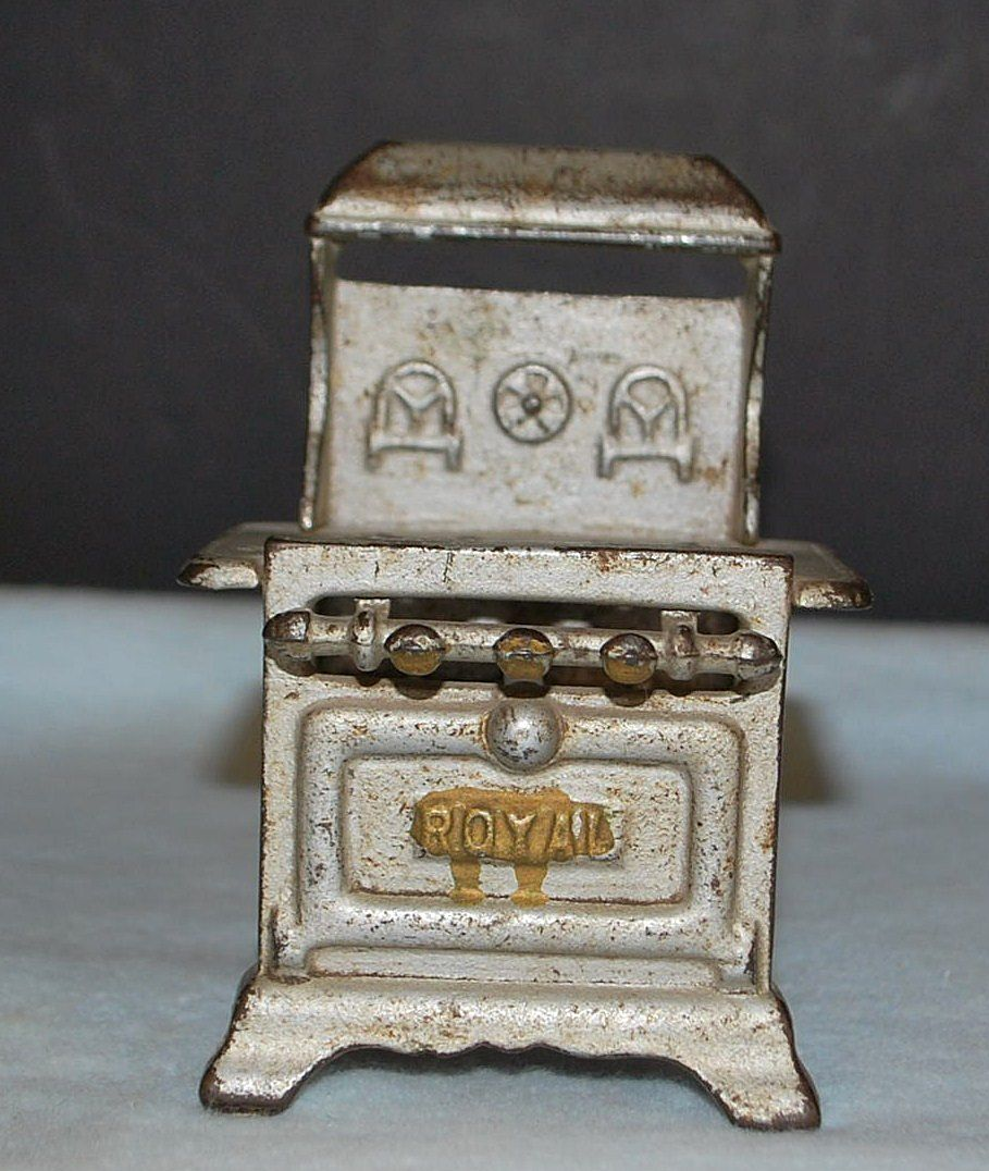 Cast Iron Toy Stove, c. 1920
