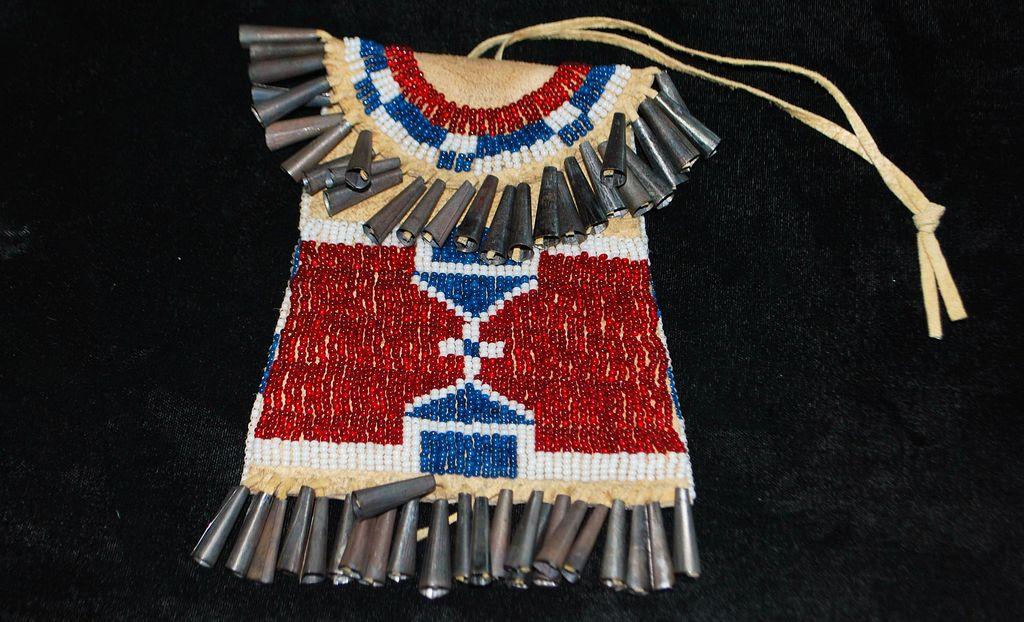 Kiowa Strike-a-Lite Beaded Bag