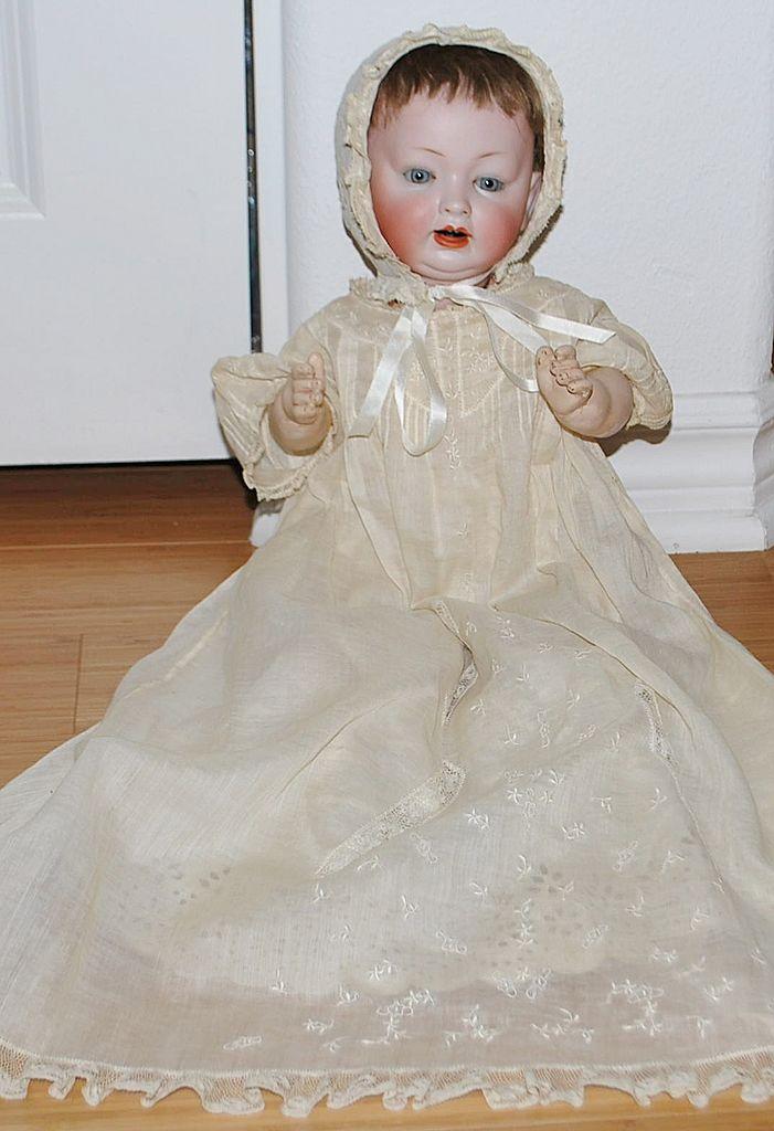 """17"""" Hertel & Schwab Doll"""