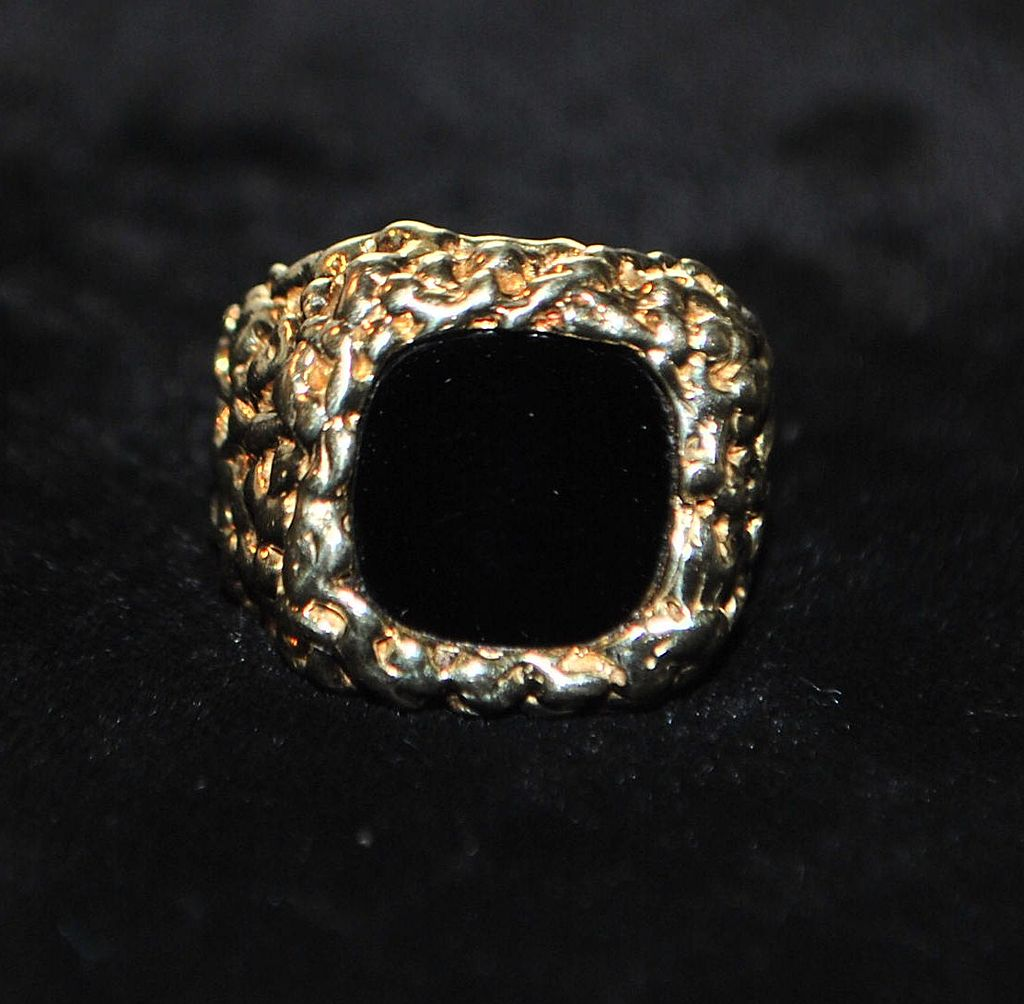 14K Heavy Black Onyx and Gold Signet Ring