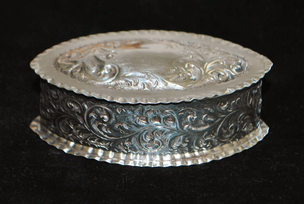 English Victorian Sterling Silver Snuff Box -  1890