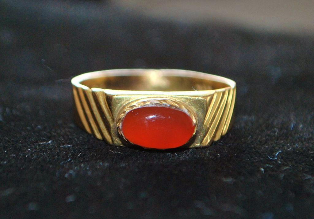 18K Man's Carnelian Ring - 1960's