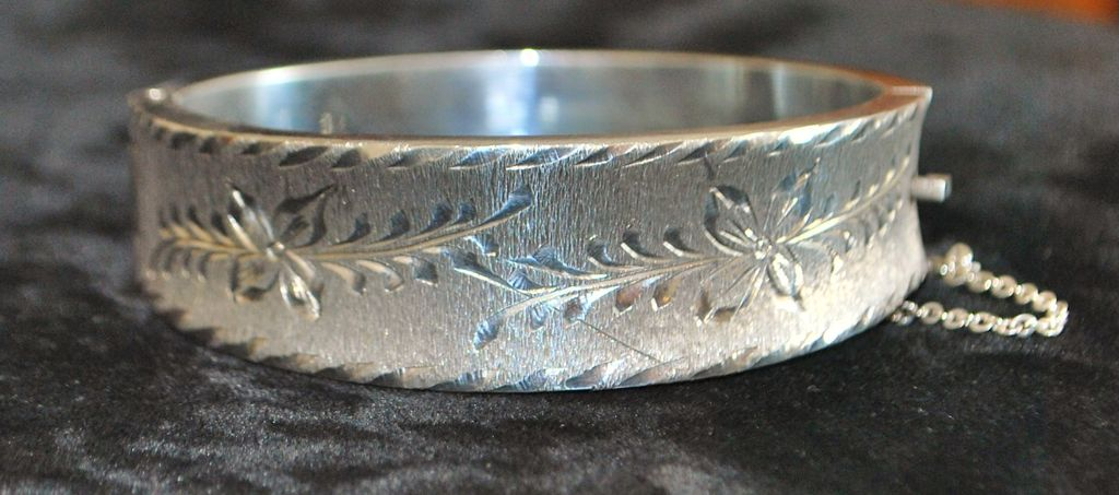 Sterling Silver Bright Cut Bangle Bracelet - 1980's