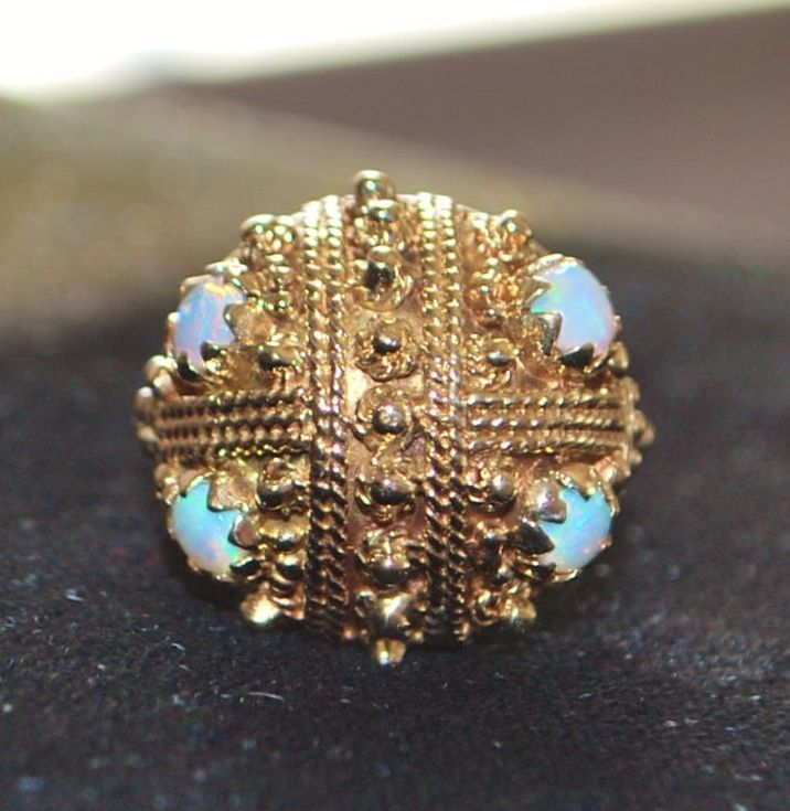14k Fine Etruscan Opal Fancy Dome Ring, 1960's