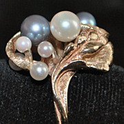 14K Retro Black and White Pearl Ring, 1960's