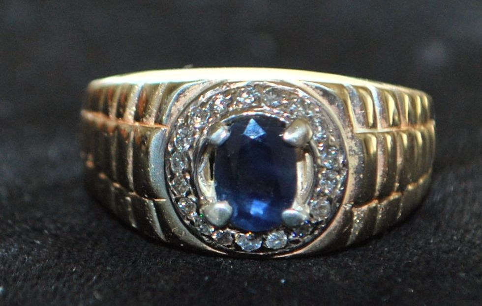 14K Man's Classic Sapphire and Diamond Ring, 1980's