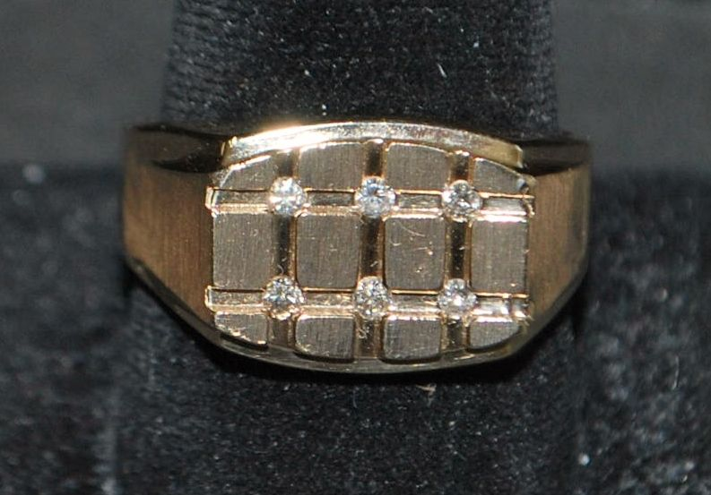14K Large Man's Diamond Ring Signed LeVian