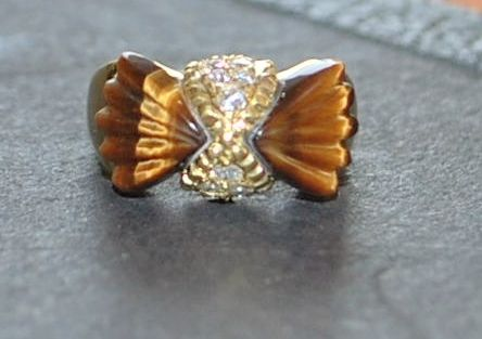 18K Tiger Eye and Pave Diamond Bow Ring