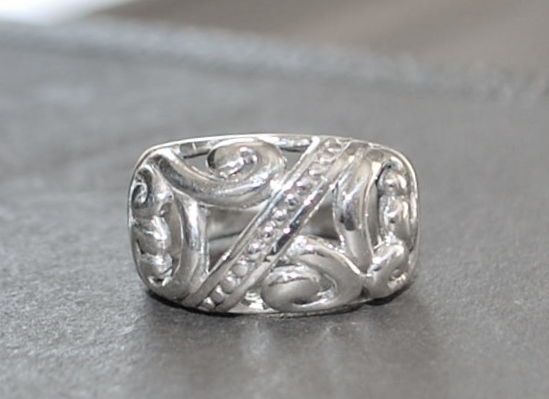 Vintage Sterling Open Pierced Foliate  Design Ring