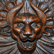"Fine Carved Large Oak ""Beastly"" Wall Pocket - 1900"