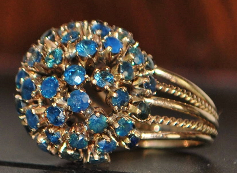 14K Retro Sapphire (4ct)  Dome Cocktail Ring - 1960's