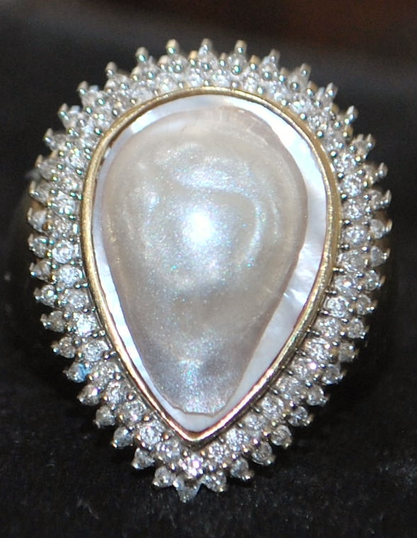 14K Large Fresh Water Pearl and Diamond Ring -1960's