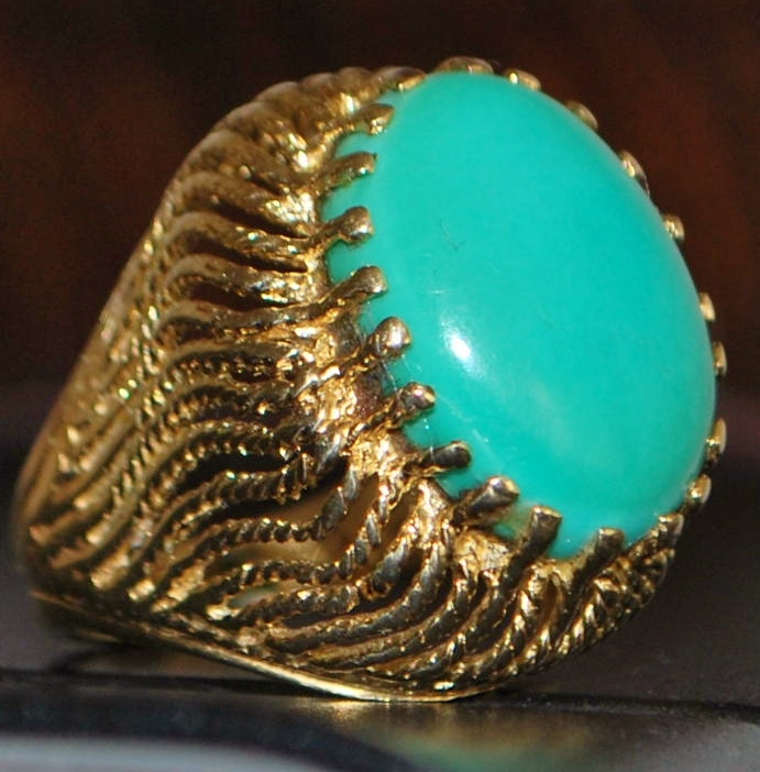 14K Large Retro Persian Turquoise Dinner Ring - 1960's
