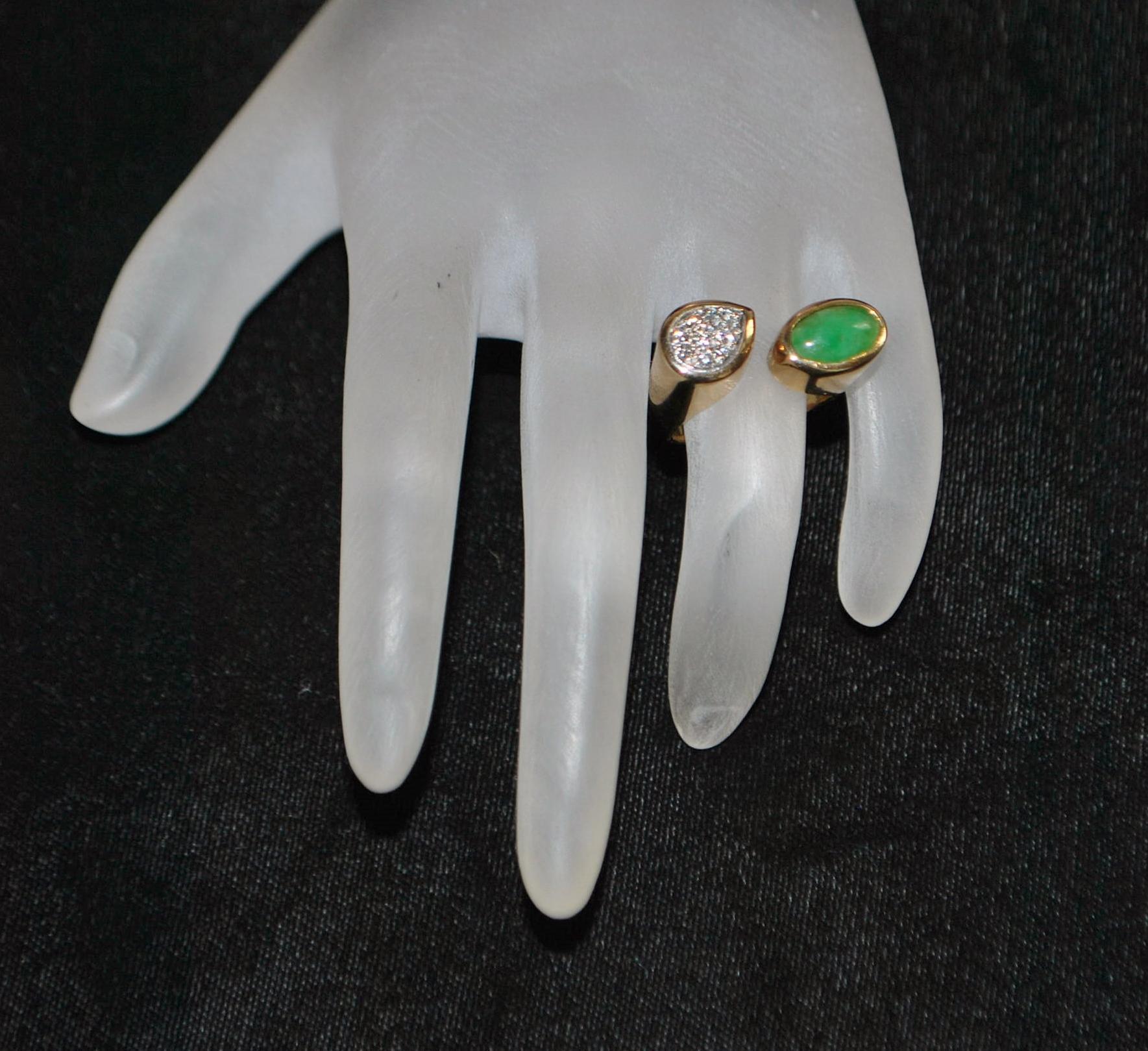 14K Retro Apple Green Jade and Pave Diamond Ring