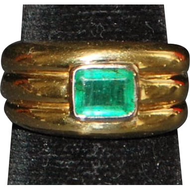 18K Gold Emerald Stacking Style Ring - 1980's