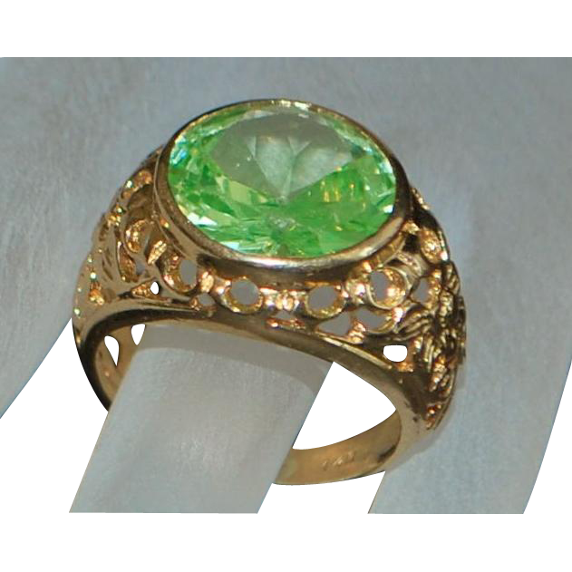14K Large Peridot Solitaire Custom Made Ring - 1960's