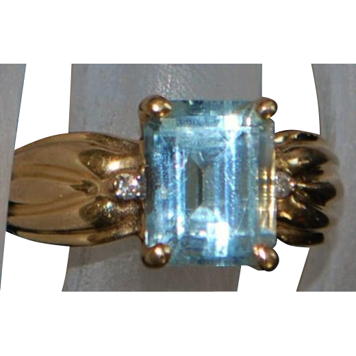 14k 3ct Aquamarine and Diamond Ring - 1980's
