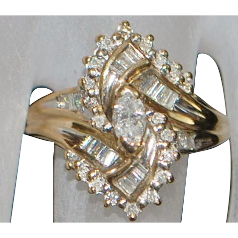 10K Diamond (1ct) Fashion Ring - 1980's