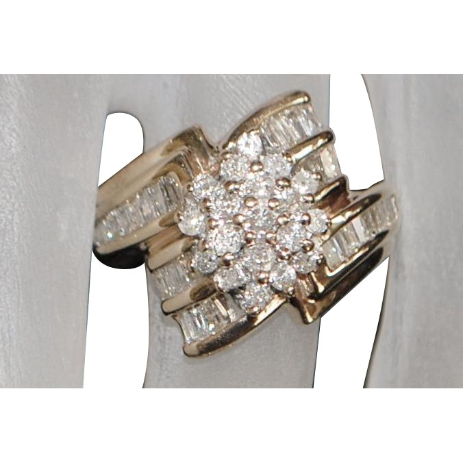 14K Diamond (1.25ct) Cluster Fashion Ring - 1980's