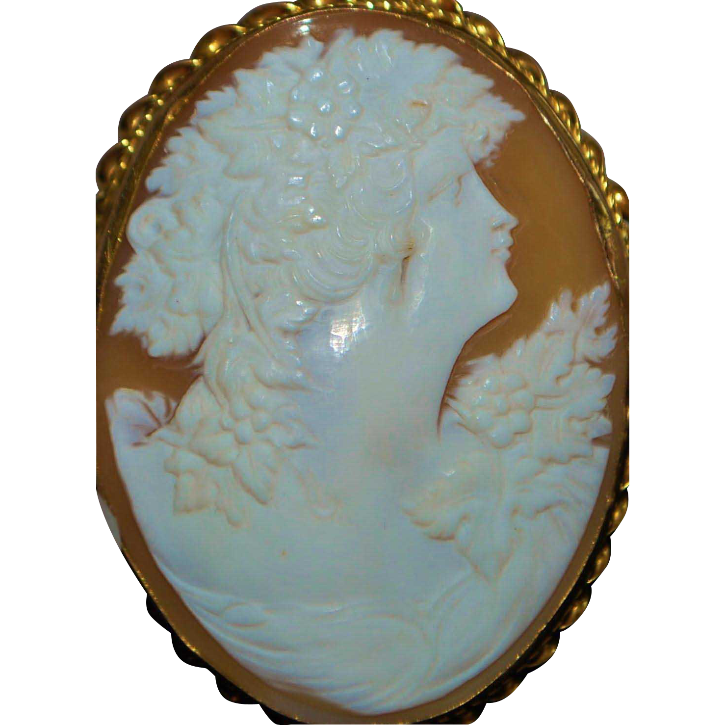 Large Victorian 9K Shell Cameo Brooch - 1900