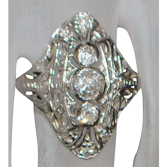 18K / Platinum Diamond Filigree Ring - 1920