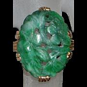14k Art Deco Carved Green Jade Ring - 1930's