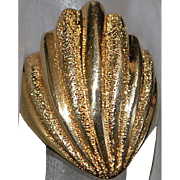 14K Florentine Shell Gold Ring - 1960's